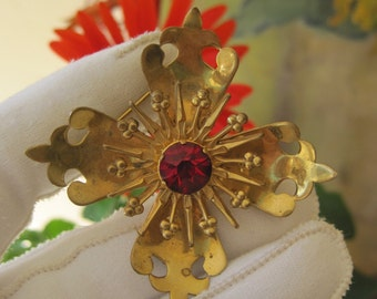 Retro  Pin Brooch Starburst Ruby Red Rhinestone