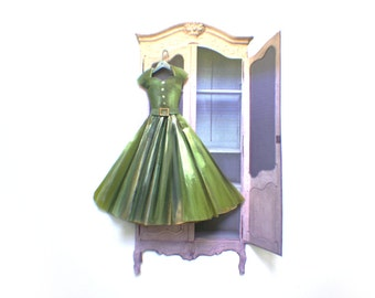 Miniature Handpainted Paper Dress --- Shopping on 5th Avenue