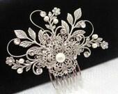 Bridal hair comb, Vintage style headpiece, Wedding hair comb, Bridal hair clip, Antique silver comb, Swarovski crystal headpiece, Leaf hair