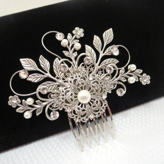 Bridal hair comb, Vintage style headpiece, Wedding hair comb, Bridal hair clip, Antique silver comb, Swarovski crystal headpiece, Leaf hair