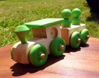 Natural wooden 2pc train with green parts
