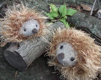 Hedgehog mama and baby plush toy, hedgehog toy, baby hedgehog toy, hand knit hedgehogs, stuffed animal hedgehog family, ready to ship!