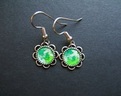 AMBROSIA AFFORDABLES 13 x13 mm Earrings Green Yellow Silver