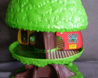 """Vintage Kenner 1975 General Mills 13"""" Family Treehouse Tree Tots. Working Elevator"""