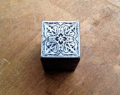 Antique Metal PRINTERS BLOCK - Ornate decorative design
