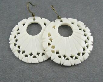 White Cutout Bone Disc Earrings