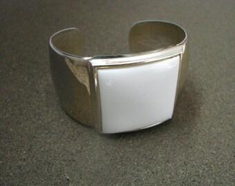 Vintage Avon Bracelet Designer Series gold tone wide cuff bracelet with ivory insert
