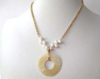 White Pearl shell necklace, Donut shell pendant with White Freshwater Dancing pearls, gold plated elegant beach jewelry