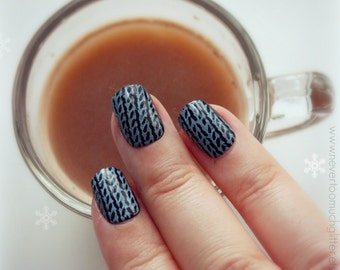 Sweater. Kawaii Fake Nails. Sweater, Press On Nails In Your Choice of Colors, Fall, Autumn, Winter, Cozy, Short Fake Nails, Press On Nails
