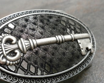 Steampunk Belt Buckle Silver Skeleton Key