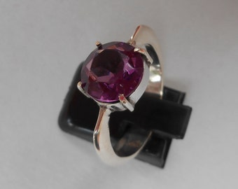 Elegant Balinese Silver sterling  Amethyst Ring / Size : 7 ready to ship / silver 925 / Bali Handmade jewelry