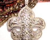 Fleur De Lis pendant antique silver Findings oversized 72mm x 100mm  B991 medieval jewelry statement jewelry 16as-SR3-3