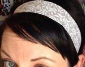 Neutral Light Gray w/ White Fern Leaves - Stay In Place Headband