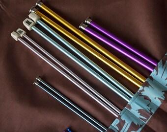 Artist's Carrying Case for Knitting Needles, Brushes, Pencils, Crochet Hooks