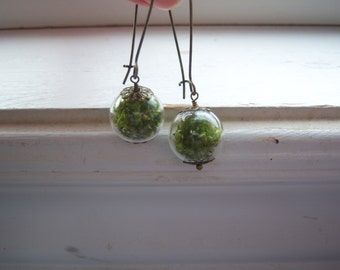 Moss Earrings  -Garden Earrings - Glass Orb Earrings  - Bridesmaids Gifts - Earthy Earrings  - Free Gift With Purchase