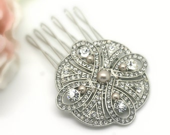 NEW DESIGN Vintage style rhinestone and pearl bridal headpiece, Rhinestone and pearl wedding comb