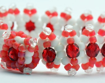 Sale / On Sale / Clearance Jewelry / Jewelry on Sale / Marked Down / Berries and Cream Jitterbug Beaded Bracelet - JB00009