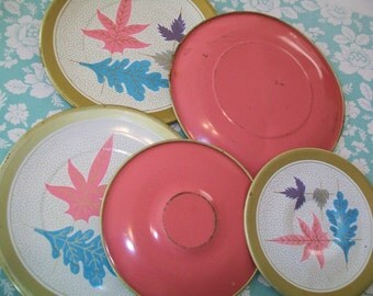 SALE- 5 Midcentury metal toy plates, saucers, pink, 1950s