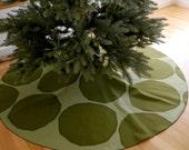 "Marimekko Christmas tree skirt with green boulders ""kivet"" pattern"