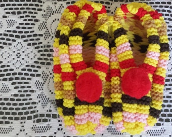 Handmade Knit Phentex Acrylic Bright Adult Slippers size 8 to 10