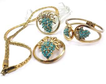 Blue Grape Rhinestone Vintage 1950s Goldtone Mid Century Necklace Bracelet Brooch Set