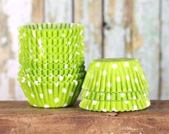 MINI Lime Green Polka Dot Cupcake Liners, Lime Green Candy Cups, Lime Cake Pop Cups, Mini Wedding Treat Cups. Mini Cupcake Cases (100)