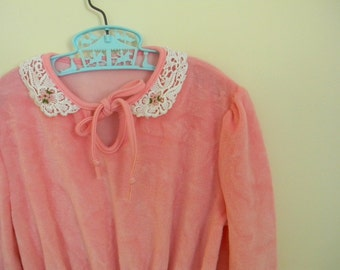 Vintage Girl's Bubblegum Pink Velour Dress with Lace Collar - Size 10 or 12