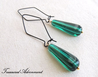Emerald Green Glass Drop Earrings, Mixed Media Earrings, Long Earrings, Bridesmaids Earrings, Birthday gift, Thank you gift, May birthstone