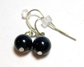 vintage pierced earrings, small black round bead with faint white pierced earrings MC 14