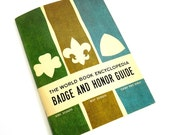 Vintage 1964 The World Book Encyclopedia Badge and Honor Guide for Girl Scouts, Boy Scouts and Camp Fire Girls