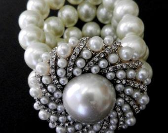 Impressive Stretch bracelet  1970 Italian - large white pearls, great decor -3-wire bracelets - Elastic cuff  -Pearl bracelet-Art.753-