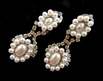 Wedding Special - signed - gorgeous italian earrings,1970, in total white, crystals and pearls for the bride elegant-Art.938/2 -