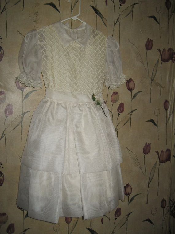 """1950's WHITE Chiffon """"Merry Girl"""" Party communion  Dress  with off white embroidery and full  under slip sz 10"""