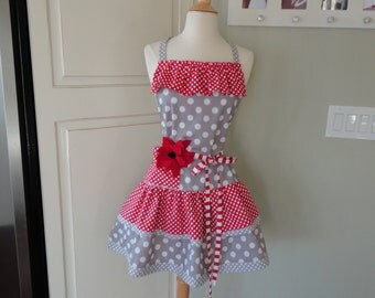"""Strawberry Pie for Valentine's Day ~   """"Ellie Style""""  Double Ruffle Women's Apron""""   4RetroSisters"""
