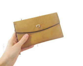 Vintage Leather wallet,mustard Yellow Leather, st. thomas