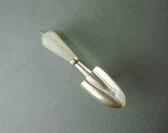 Trowel Pin with Chinese Jade Handle