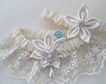 Ivory WEDDING Garter Set, Ivory Lace Bridal Garters w/ Pearls, Kanzashi, Rustic Garter, Vintage / Art Deco Weddings