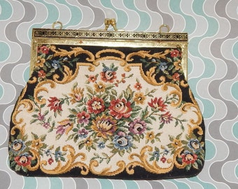 Vintage Victorian Tapestry Style Purse with ornate Golden Metal Clasp,  Chain is Missing