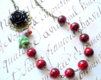 Tropical Jewelry Red Necklace Parrot Necklace Exotic Jewelry Black Flower Necklace Tropical Necklace Ceramic Bird Jewelry Red Jewelry