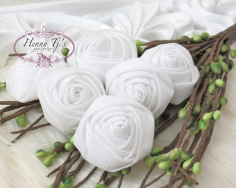 New to the Shop: Set of 6 - 25mm Adorable PETITE Rolled Satin Stain Rose Rosettes Fabric flowers - WHITE. Christmas Flowers.