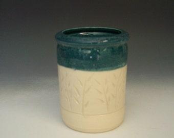 Hand thrown stoneware pottery jar  (AJ-7)