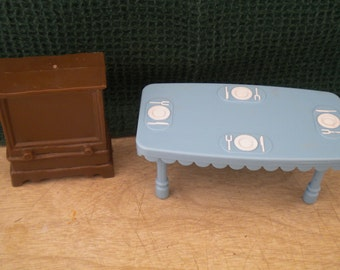 Dollhouse Furniture Table and Television Hard Plastic Doll Miniatures