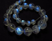 AAAAA - High Quality - RAINBOW MOONSTONE - Smooth Polished Round Round Ball Beads Strong Flashy Fire Clear size 7 - 13 mm - 24 pcs