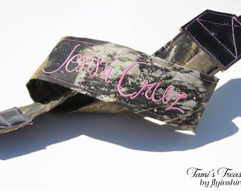 Camo Camera Strap Embroidered DSLR Nikon, Sony, Canon Accessories Custom Photography Gift, Personalized