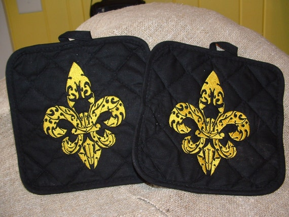 Black and Gold Embroidery Fleur De Lis Filigree by cajunstitchery
