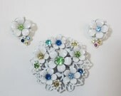 Charming white metal brooch and earrings