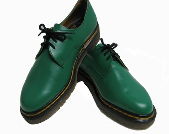Vintage Mens Dr Martens Shoes Green Leather DMs Doc Martens Gibson Shoes From England Mns US Size 7 1/2