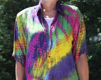 Vintage Tie Dye Over-sized Shirt Rainbow colors from 1980s Medium size