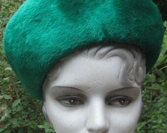 Fab Vintage 1950s 1960s Kelly Green High Front Tilt back Bow Hat Mr John Jr