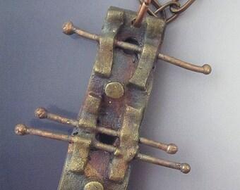 Urban pendant